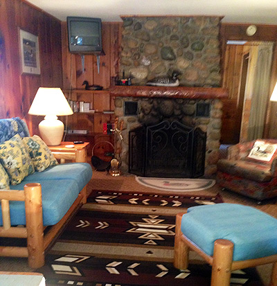 Twin Lakes Shore Resort Cottages